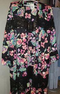 New Kimono Cato 22-24 Beautiful